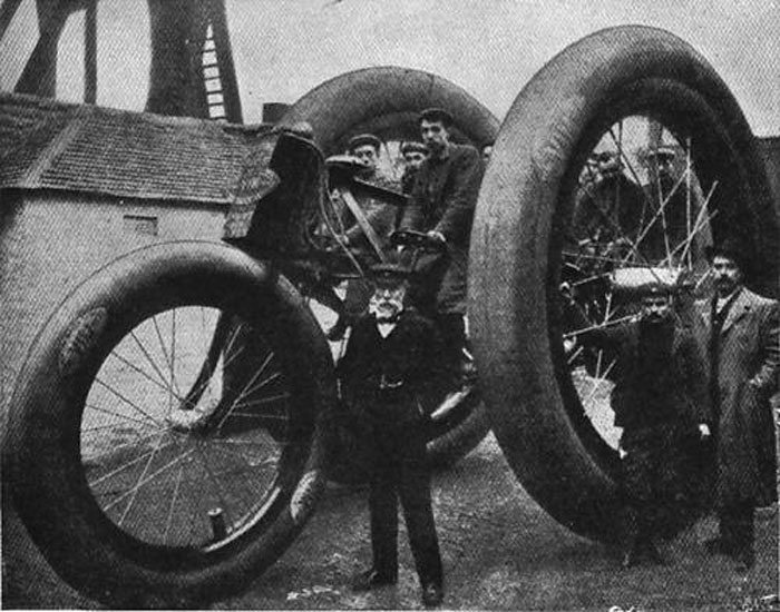 1896-Giant-Tricycle